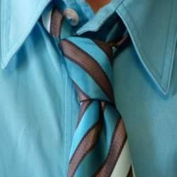 とりあえずコレ!正しいネクタイの締め方(結び方)超入門