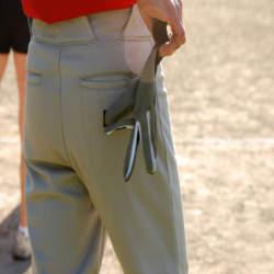 【パンツの着こなしにも一工夫!】クールビズにおすすめのパンツの色の選び方