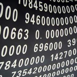 理系が数字に強い人なのか?実は社会で数字に強いと言われる人は文系