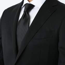 【厳粛な場に】お葬式でもOKなネクタイの結び方とマナー
