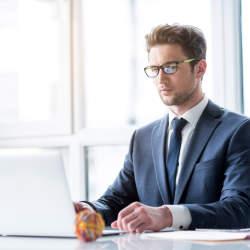 目上の人へのメールはここに注意!上司にお伺いを立てる時のメールの書き方