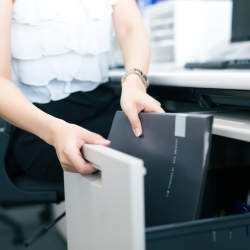 仕事力と印象UP!オフィスデスク&ロッカーの楽チン収納術