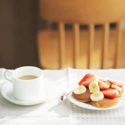 知ってた?仕事前の朝食にプラスするだけで頭がバツグンにさえる食品4選