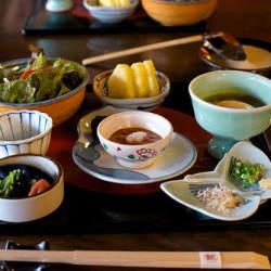 【5分で作れる朝食】夏に負けず暑さにも負けない!体力をつける食事5選
