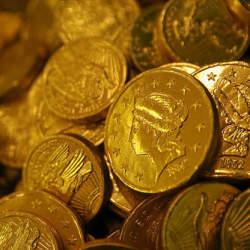 【毎日のお菓子代で旅行に行ける?!】削れば貯まる!すぐにでも見直すべき5つの無駄なお金の使い道
