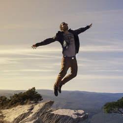 新しい仕事のストレス発散法!「ZUMBA」で日頃のストレスを解消しよう