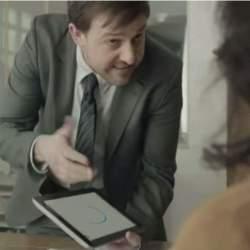 ドヤ顔で「紙は不要、タブレットで十分」という方へ!ペーパーレス信仰をうまく皮肉ったCM動画
