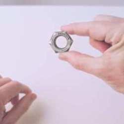 """ナットからロボットまで―ホンダの65年を2分間で振り返る話題のCM「Honda """"Hands""""」"""