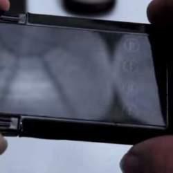 充電からデータのバックアップまで出来る!財布に入るカード型多機能充電器「SMART CARD」