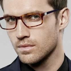 メガネ男子が好きな女性は6割以上!?お洒落ビジネスマンを目指すなら知りたい、似合うメガネの選び方