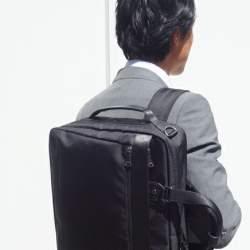 「スーツに背負ってもおしゃれにキマる」5つのメンズリュック:通勤はやっぱりリュックが楽!