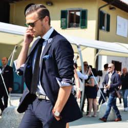 おしゃれは細部に光る!スーツスタイルの印象をガラッと変えるベルトの選び方4つ