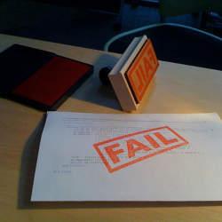 仕事で失敗……。冷静で迅速な報告と、誠意ある適切なビジネスマナーがその後を左右する!