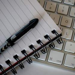 ビジネスマンの必須のスキル!文章力をつけるためにはルールを覚え、書いてみることが重要
