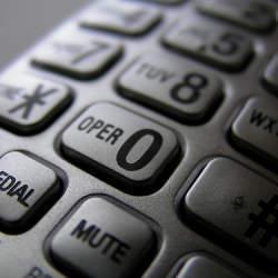 コミュニケーションの第一歩! 会社での電話対応の基本となる3つのこと