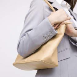 バッグを変えれば仕事もしやすく。働く女性を機能性でお助けする通勤バッグの選び方4つ