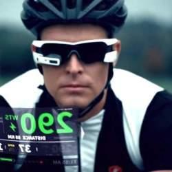 もうSFの世界はそこに。スポーツマンの全てを表示するメガネ型ウェアラブル「JET」