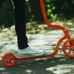 街を走ろう。 コンパクトに折りたためて持ち運びも便利な大人用キックスクーター「PIGEON」