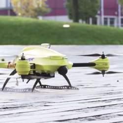 ドローンが救急医療を変える! AED搭載の救急救命ドローン「Ambulance Drone」