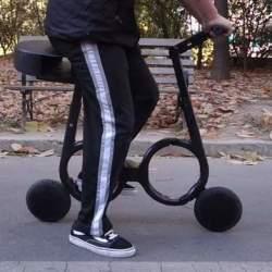 いつでも自転車を持ち歩こう。リュックに入る超軽量折りたたみ自転車「Impossible」