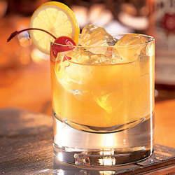 ウイスキーが苦手でも分かる美味しさ。ひと手間加えたウイスキーカクテルは試してみる価値がある