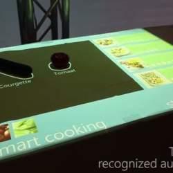 野菜を置くだけでレシピを表示!? テクノロジーでキッチンをハイテクにする試みが凄い