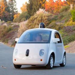 Googleの自動運転カーの正式なプロトタイプがついにお目見え。公道を走る時期も意外と近い?