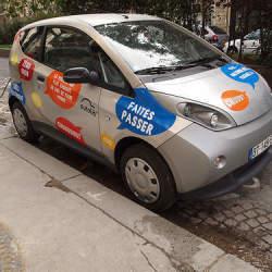 激動する自動車:パリで広がるカーシェアリングは自動車のあり方を根底から覆す