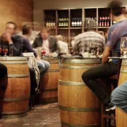 外食産業の総居酒屋化:ターゲット層とニーズに見る居酒屋ビジネスの変化