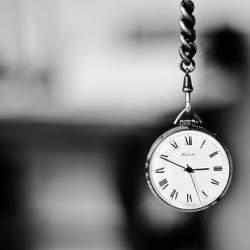 「暇な時間」に価値が生まれる新しい時代。『時間資本主義の到来』