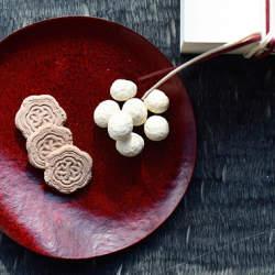 日本の心を残す雅やかな「和×洋」の調和:男性に喜ばれるセンスのいいバレンタイン和菓子4選
