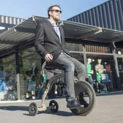 これぞ未来の乗り物。座ったままの感覚で操縦できる新型電動スクーター「YikeBike」