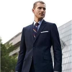 定番のスーツスタイルにトレンドを。今年の春は「クラシックなアメリカンスタイル」が人気の兆し