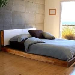 リラックスして寝るための部屋は「好きなもの」で満たせ。ベッドルームのインテリア事例まとめ