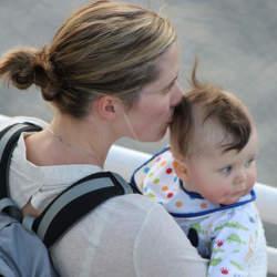 新しい出勤スタイル「子連れ出勤」は、働くママだけでなく会社にもメリットをもたらす