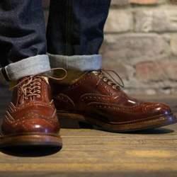 足元で感じる格別な「革」。履くほどに足に馴染むレザーシューズ3選
