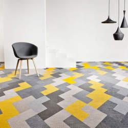 床だってお洒落に飾りたい。タイルカーペットを使ったインテリア事例3選