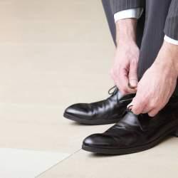 ビジネスシューズは最低でも何足持っておけばいい? スーツスタイルを楽しむための基礎知識