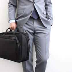 働く男を力強くサポート。機能的に優れたビジネスバッグを手がけるブランド3選