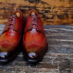 雨に濡れた革靴はどうやって手入れすればいい? 誰でも簡単にできる革靴のケア方法まとめ