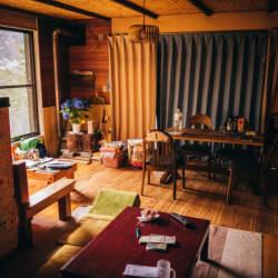 あなたの部屋は配置や小物でガラッと変わる。シンプルだけど奥が深い模様替えのコツ
