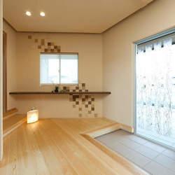 狭く薄暗い玄関に、ささやかな明るさを。見過ごしがちな玄関のインテリア実例まとめ