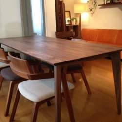 つい触りたくなる心地良い無垢の質感をいつまでも。無垢材を使った家具のメンテナンス方法まとめ