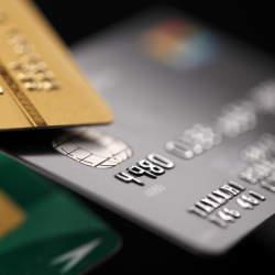 クレジットカードの王様「ブラックカード」の所有条件・特典とは?知られざるブラックカードの世界を解説