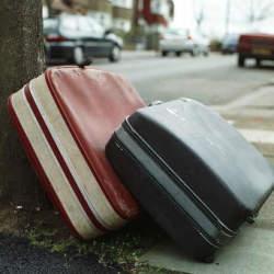 意外と破損することが多いスーツケース。どうせだったら丈夫で良いものを購入しよう