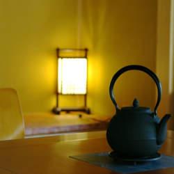 使わない部屋を洋室に模様替え。簡単にできる、和室のリメイク術&活用術
