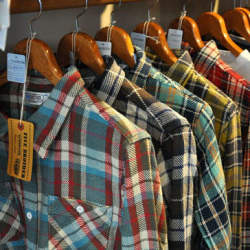 さりげない色使いがたまらない。大人のための「ネルシャツ」人気セレクトショップの新作コレクション
