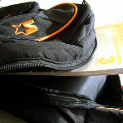 スマートな持ち運びはバッグ選びより始まる。スタイリッシュに決まるPCバッグ3選
