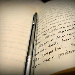 史上最強のボールペンを知ってますか? どんなシチュエーションでも書くことができる「パワータンク」
