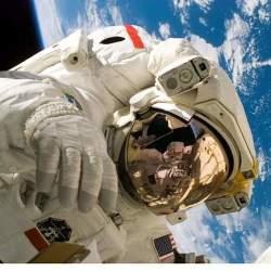 週休2日で残業あり、ただし勤務地は宇宙。世界で活躍する宇宙飛行士、その知られざる仕事内容とは?